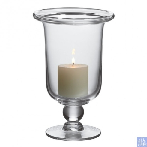 Hartland Medium Candlesticks collection with 1 products