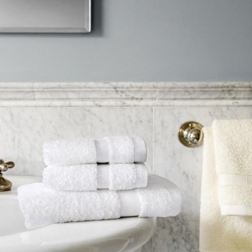 SFERRA   Bello Bath Sheet $118.00