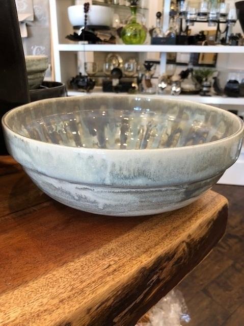 Good Earth Pottery  Grey Herron Large Nesting Bowl GEP-411 $116.00