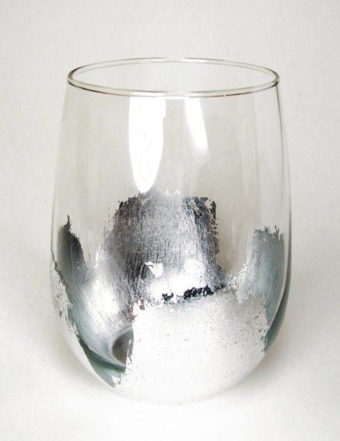 $27.00 Silver Leaf Stemless Wine EMD-012