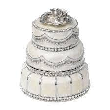 BC Clark Exclusives   Wedding Cake Box $135.00