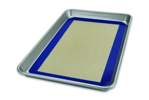 $33.95 Half Sheet Pan with Silicone Mat