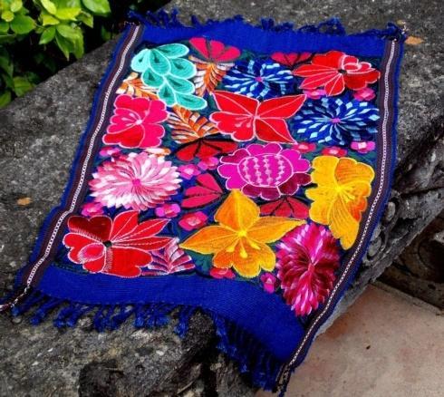 Fresco Fabrics   Blue Placemat $29.00