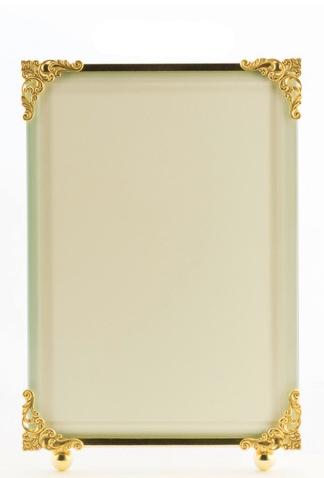 $76.00 Corner Decor Frame 5x7