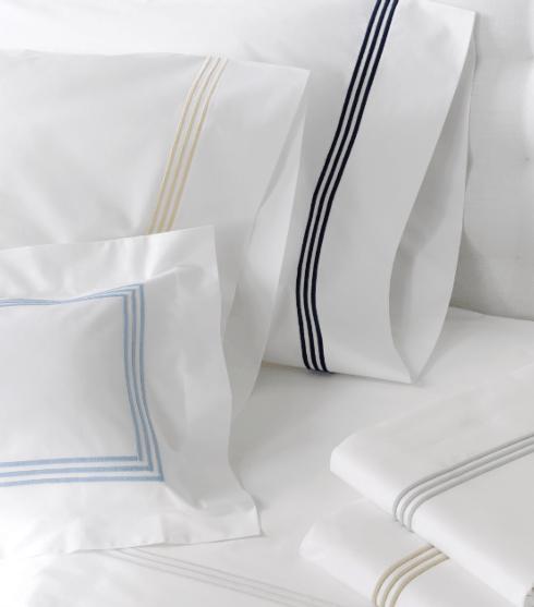 Matouk  Bel Tempo Bed King Flat $225.00