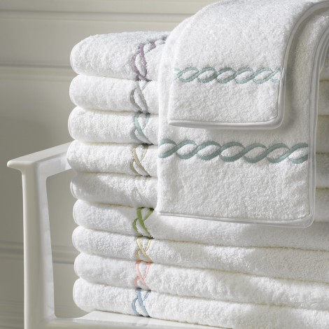 Matouk  Classic Chain Bath Classic Chain Bath Towel $83.00