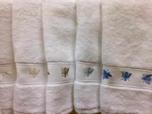 The Boutique Exclusives  Traditions Towels Bee Guest Towel $20.00