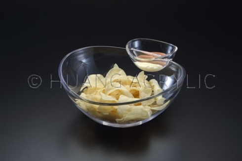 Barbara Stewart Exclusives   NESTING CHIP & DIP $22.50