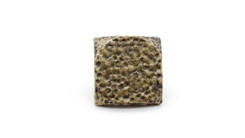$25.40 Sqaure 1-1/4-in Hammered Clavo 8-Pack Brass Ox