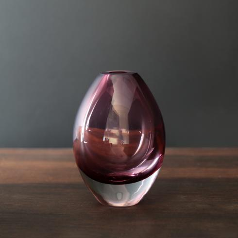 $41.00 Smooth teardrop bud vase amethyst