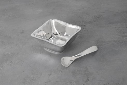 Beatriz Ball  GIFTABLES Soho sq bowl w/spoon $50.00