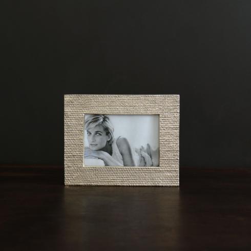 $133.00 FRAME Sierra Modern tela 5 x 7 frame gold