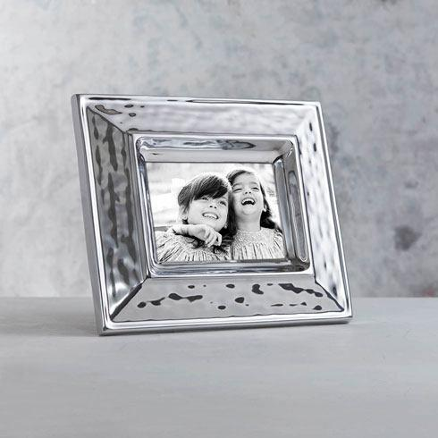 Beatriz Ball  Frame Soho Plain 5X7 $133.00