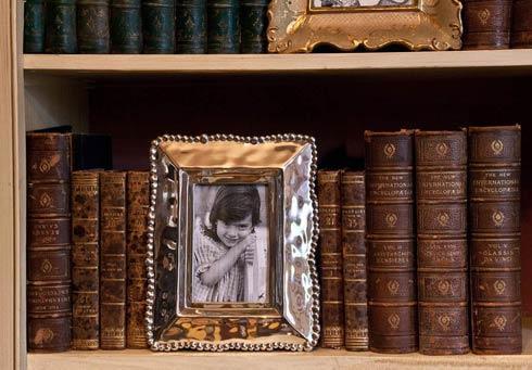 Beatriz Ball  Frame Organic Pearl 4X6 $106.00