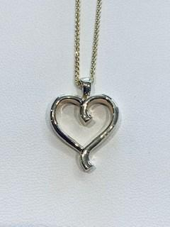 Custom Heart Pendant collection with 1 products