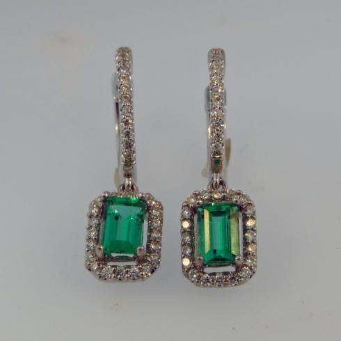 $4,275.00 1.03tcw Genuine Emeralds with 0.33tcw Fancy Cut Diamonds in 18kw