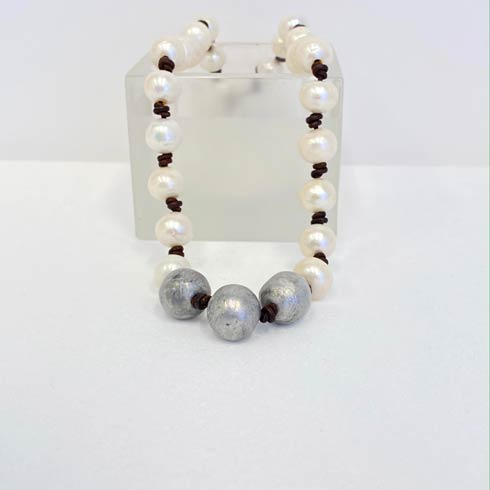 $172.00 Large White Pearl and Silver Bead Choker