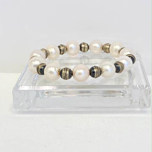 $58.00 Medium Pearl and Sterling Silver Navajo Pearl Bracelet