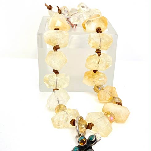 Quartz Choker collection with 1 products
