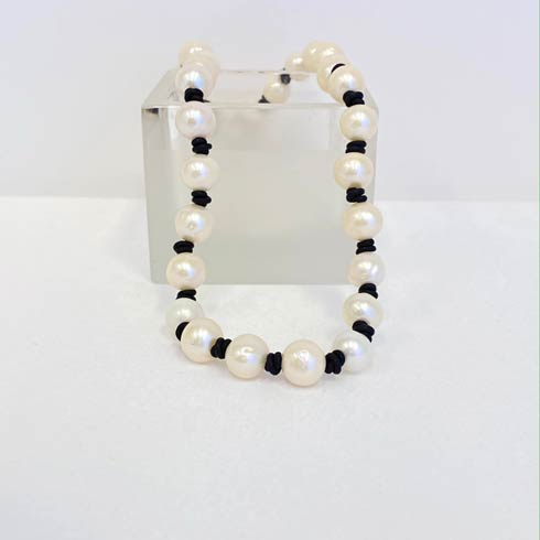 $190.00 Classic Large Pearl on Black Leather Necklace
