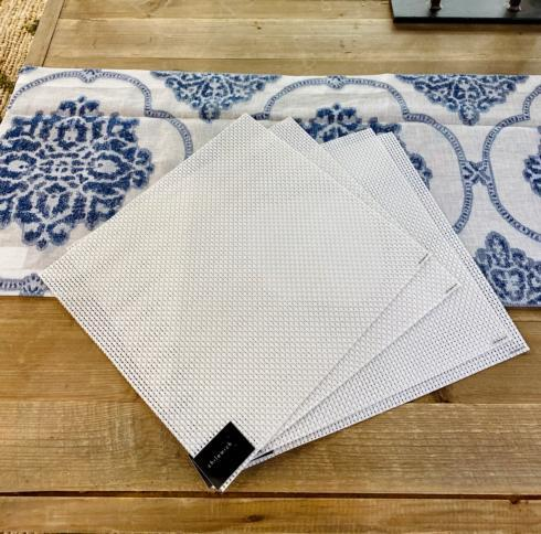 Chilewich   Basketweave White Placemats, Set /4 $55.00
