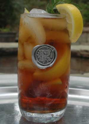 $23.00 Iced tea - (with personalized letter or symbol)