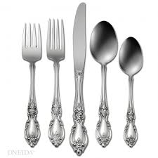 $60.00 Louisiana Community 5 Piece Place Setting
