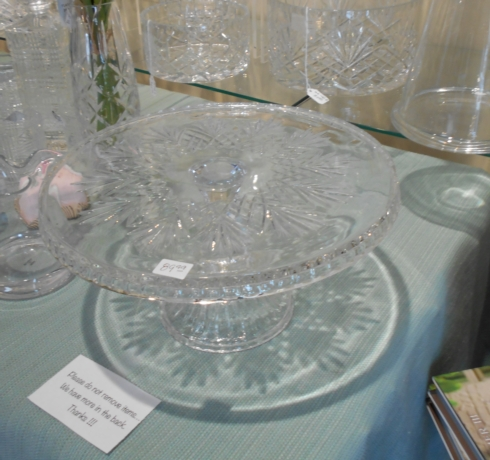 Crystal cake plate collection with 1 products