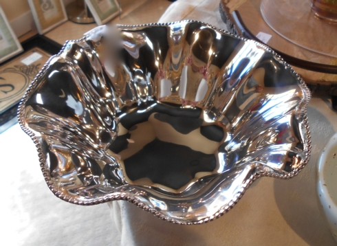 $79.99 Beatriz Ball - Fluted bowl - 9""
