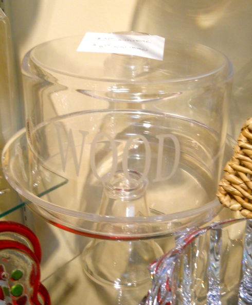 $89.00 Acrylic Cakeplate with Dome