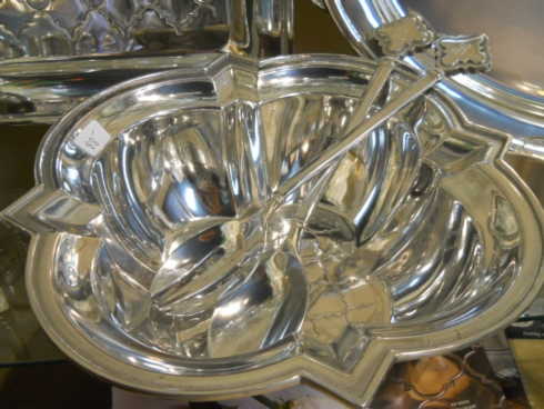 $118.00 Salisbury Pewter serving bowl with Monogram