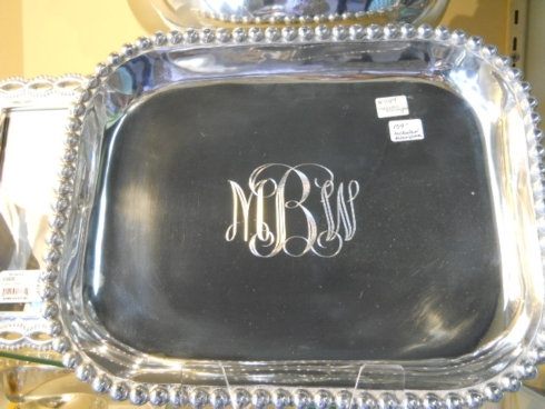 Mongrammed tray collection with 1 products