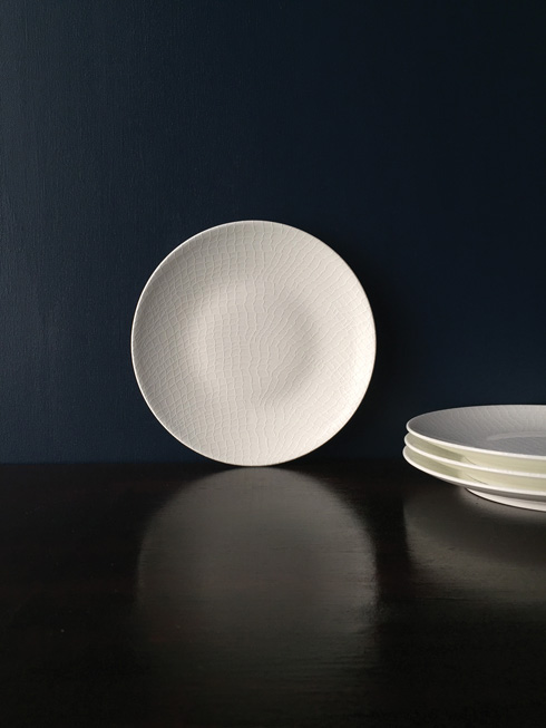 Caskata  Catch White Accent Plate Set $85.00