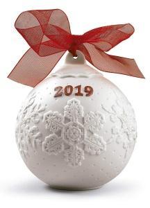 $100.00 2019 Lladro Ball Red