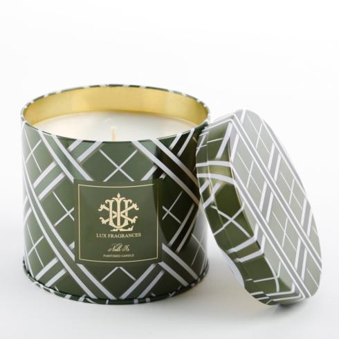 $24.00 Noble Fir 18 oz Round Candle Tin - preorder