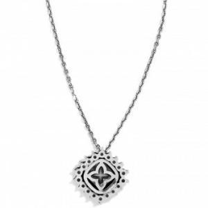 $58.00 Necklace Demantur Short