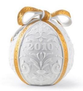 $49.99 2010 Annual Christmas Ball Gold