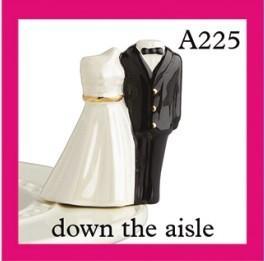$13.49 Minis: Bride & Groom (Aisle)