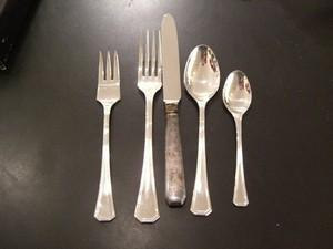 $125.00 Giotto Place Set 5Pc (Plated)