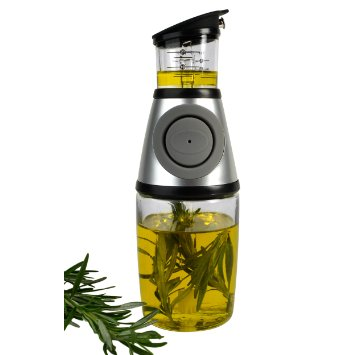 OIL AND HERB INFUSER GIFT BOX collection with 1 products
