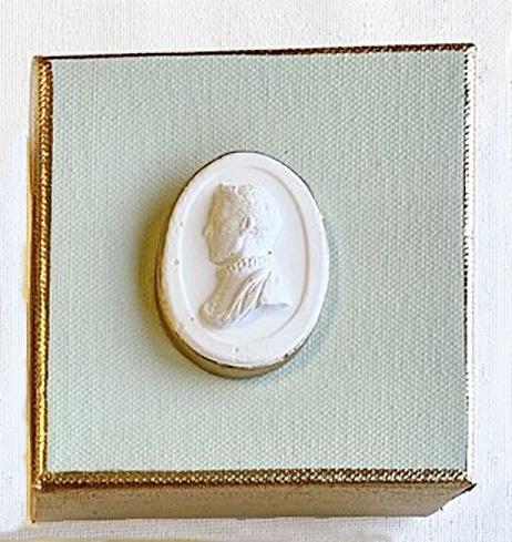 Intaglio Pale Aqua Box image
