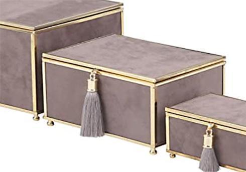 $26.95 Medium Gray Velvet Box with Tassel