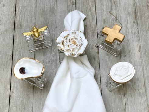 Elizabeth Clair\'s Unique Gifts   ACRYLIC NAPKIN RINGS $23.95