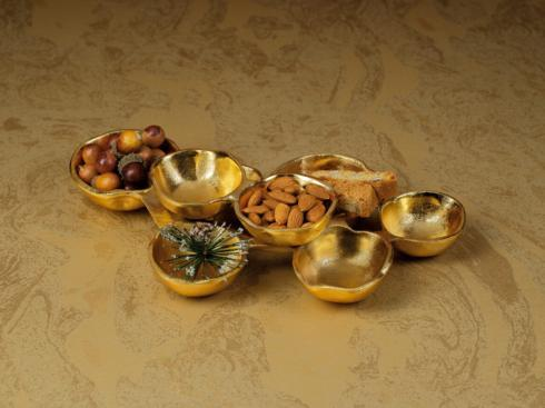 $46.95 Small Cluster of 8 Gold Serving Bowls
