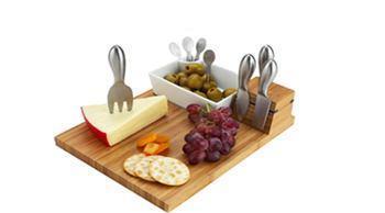 Picnic at Ascot   Buxton Cheese Board Set $59.95