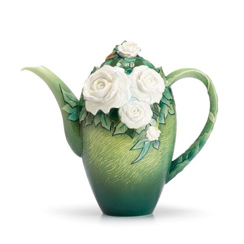 Teapot, White roses