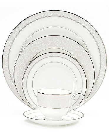 Noritake  collection with 5 products