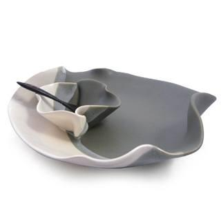 FSR Exclusives   Hilborn Pottery Grey & White Small Chip & Dip $65.99