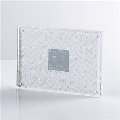 Torre & Tagus Block Frame 5 X 7 collection with 1 products