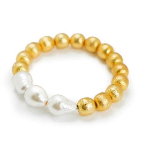 $72.00 Tres Bracelet White Baroque